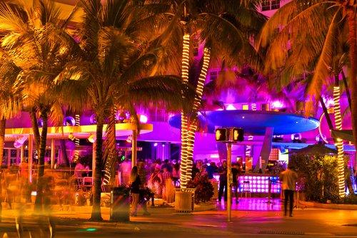 miami-party-venues.jpg (500×334)