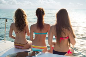 7 Tips for Planning Your Summer Party on a Yacht