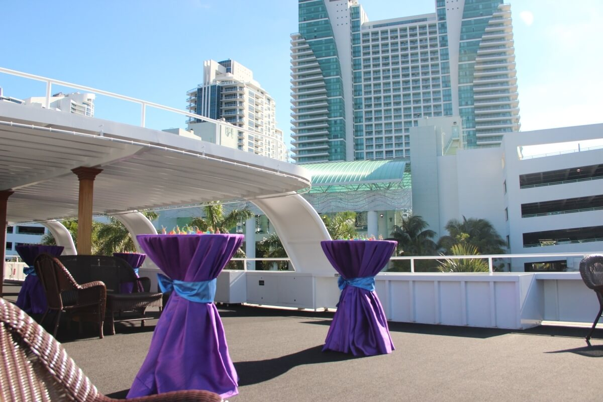 luxury boat charter events