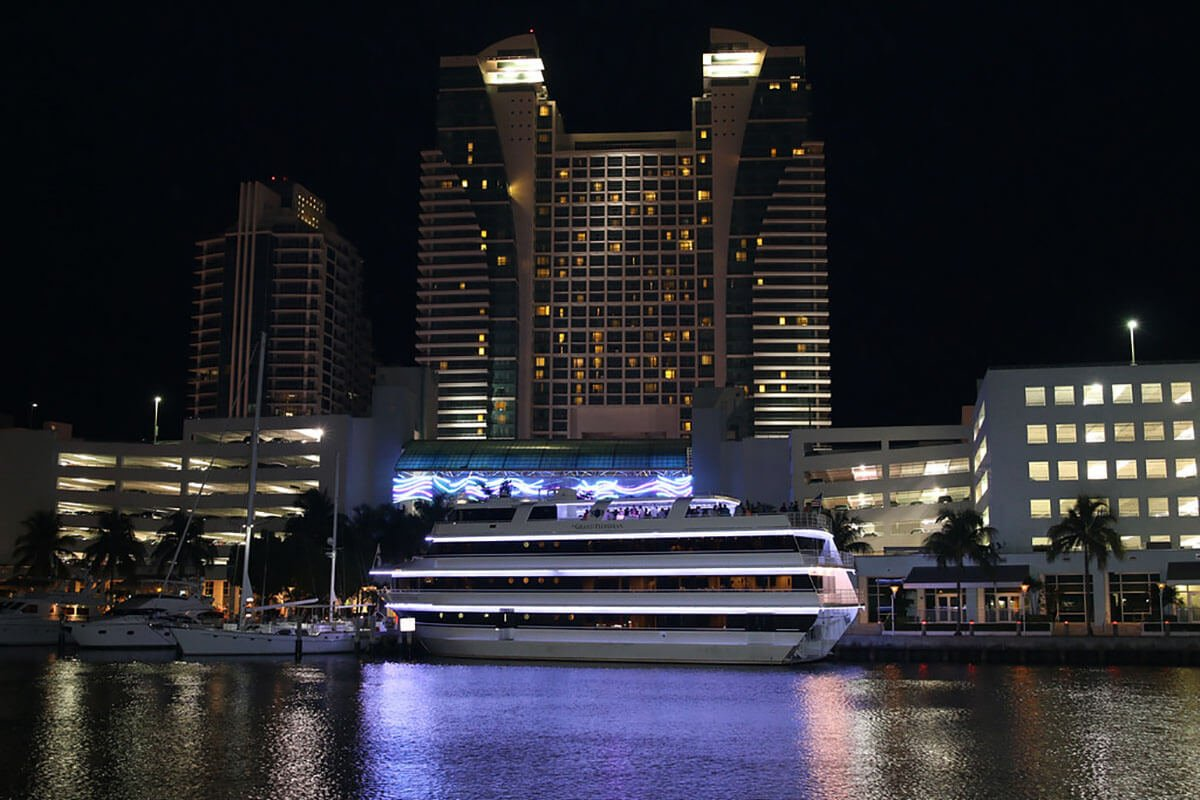 ft lauderdale yacht rental