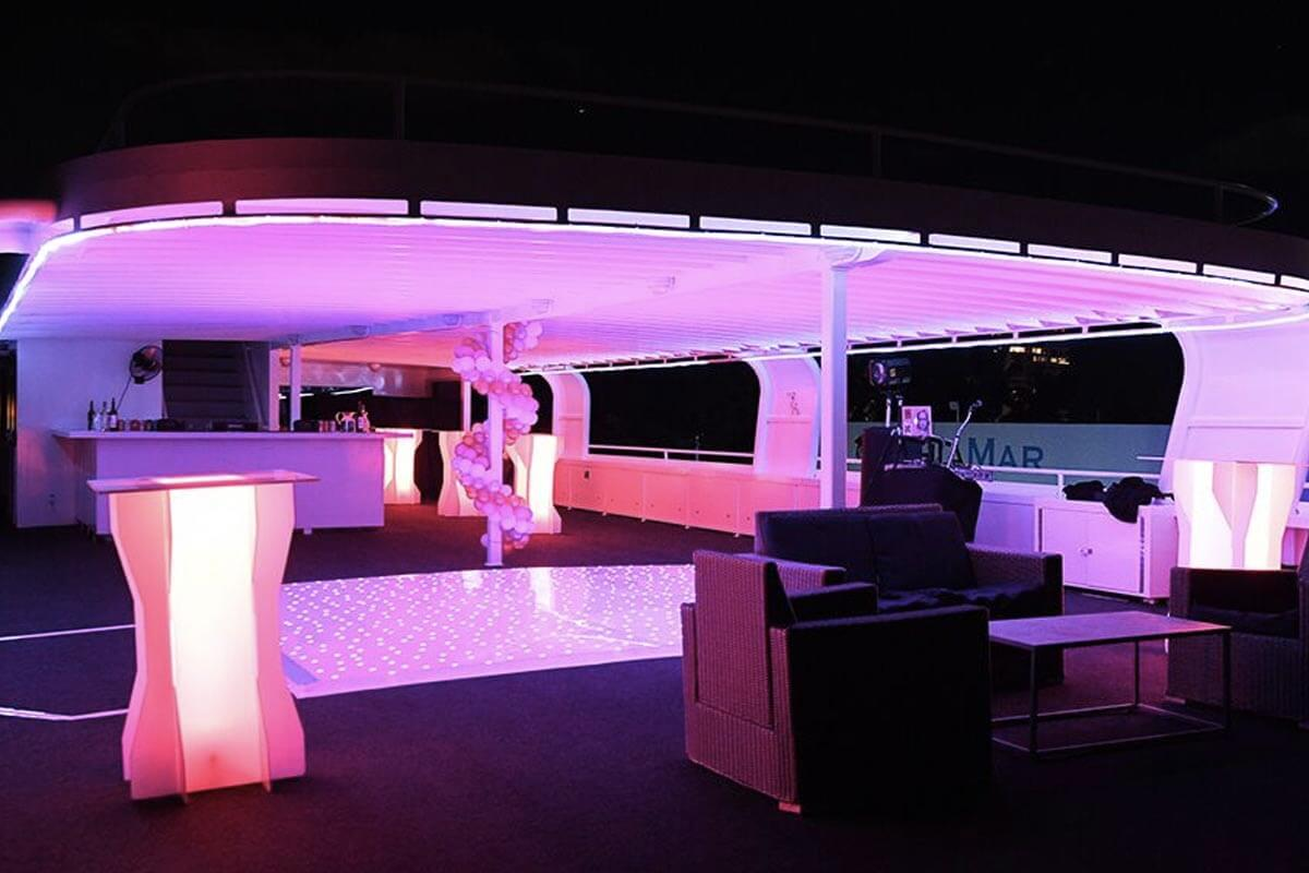 party yacht rental