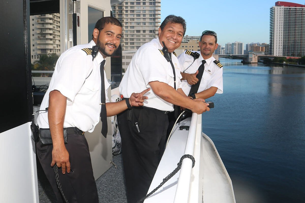 Affordable Yacht Charters along West Palm Beach