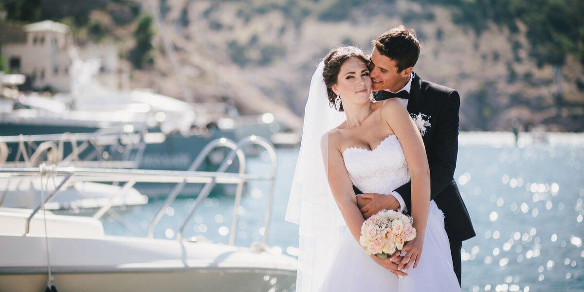 Yacht Charter Wedding Ideas for Summer